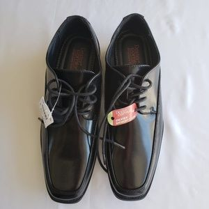 NWT Dexter Comfort Crosby OX Black Shoes